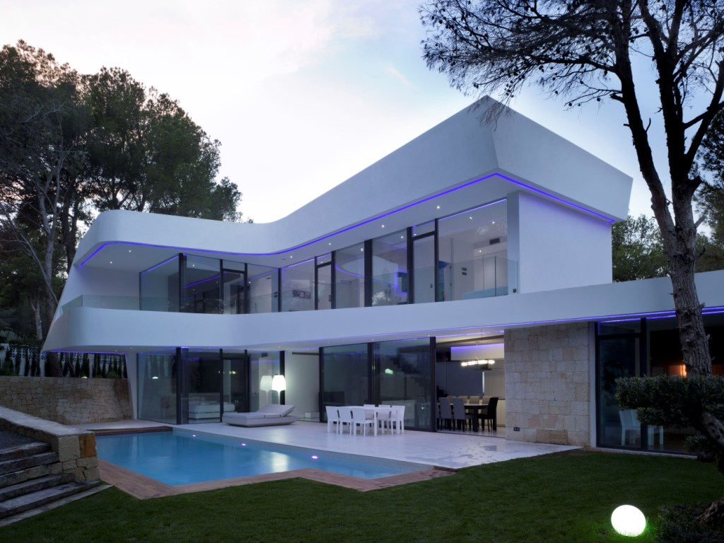 Modern villa at 300m from the beach in Altea