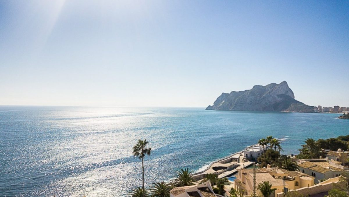 Family villa at walking distance from the sea in Calpe