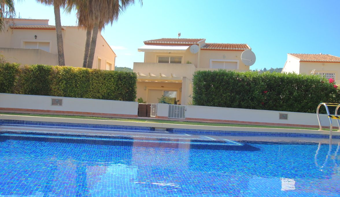 Charming semi-detached house in Calpe