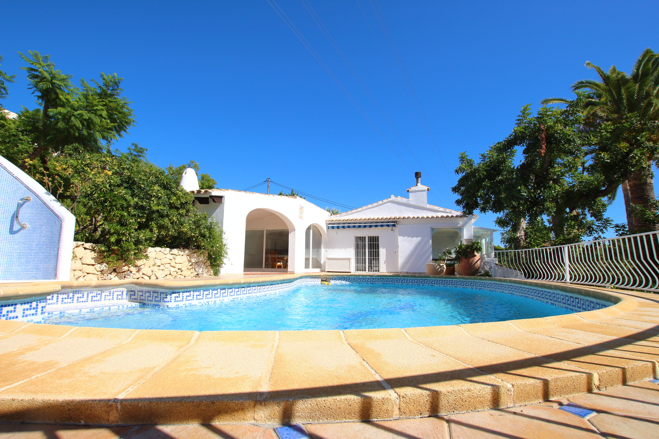 Beautifully renovated spacious villa in Altea